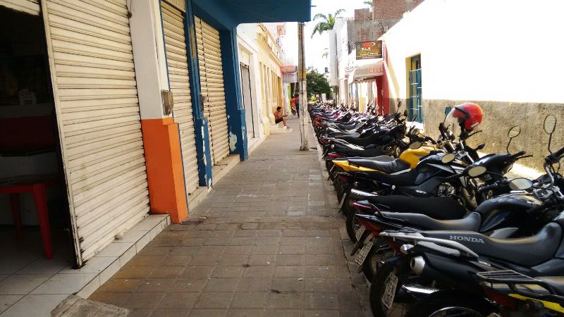 motos-beco